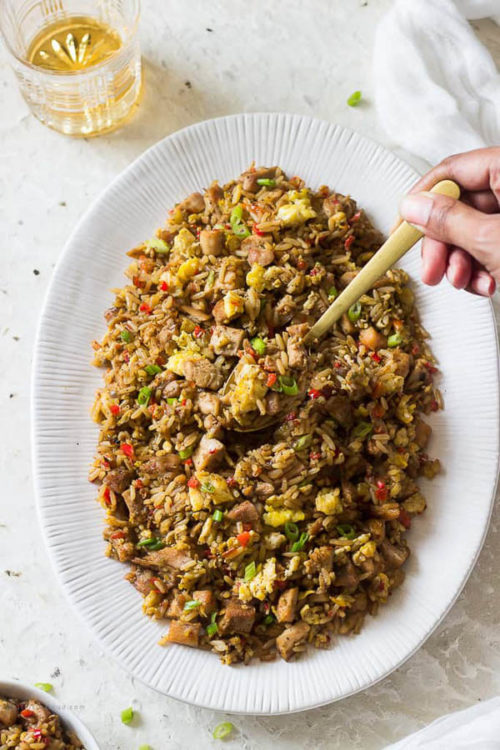 12 must-try fried rice recipes ranging from simple veggie version to full classic beef/chicken/shrimp fried rices to vegan one! Something for everyone! #friedrice #rice #easydinner #quickdinner #easyrecipe