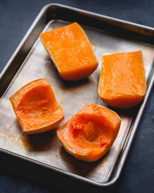 Let me show you how to roast a butternut squash with minimum effort. This method is truly the simplest, yet doesn't sacrifice on flavor!!! #butternutsquash #roastedbutternutsquash