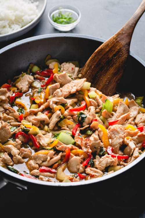 Chinese Chicken Stir Fry is a quick and flavorful weeknight dish for the whole family to enjoy! It is so versatile you can choose your vegetable and meat combination and its done in less than 30 minutes! #weeknightwin