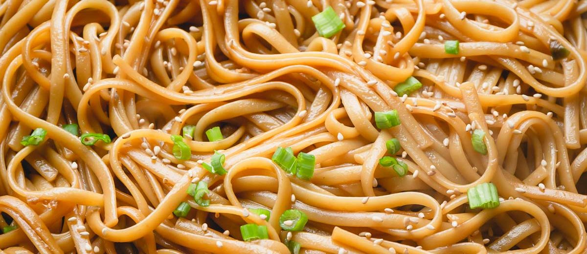These sesame noodles can be ready to serve in 15 minutes, yes that's not a typo! Quick as ever, versatile and flavorful, this quick noodle dish is a huge hit even with kids!