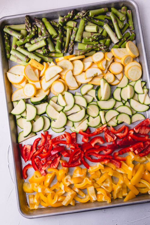 Oven roasted veggies are great way to meal prep on a weekend and enjoy throughout the week. #mealprep #roastedvegetables