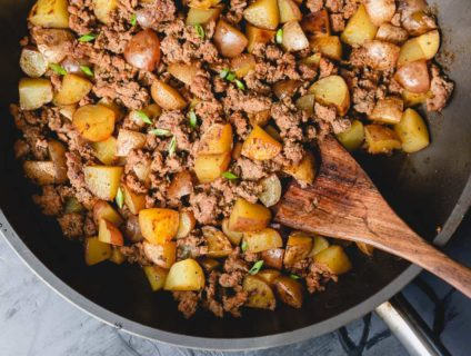 This 30-minute ground beef potato hash is a quick & easy, yet super flavorful breakfast for dinner recipe!